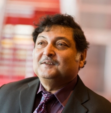 [:fi]Sugata Mitra[:en]Sugata Mitra[:sv]Sugata Mitra[:]